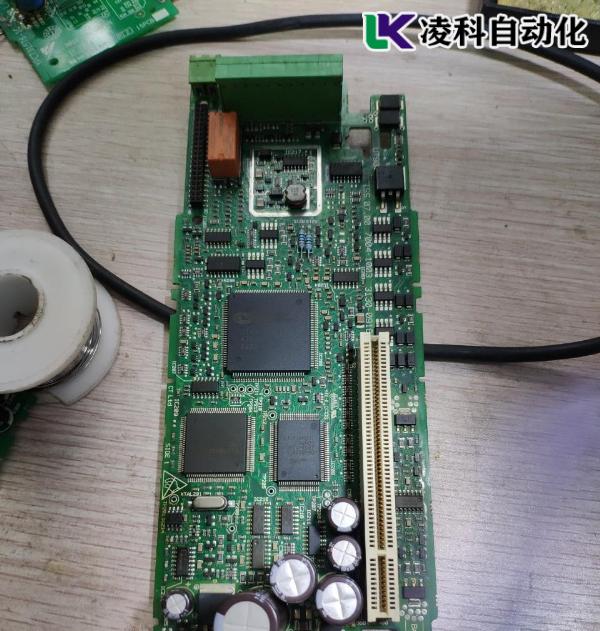 艾默生变频器发生HF29故障维修方法